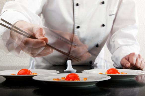 Molukular Kochen und servieren